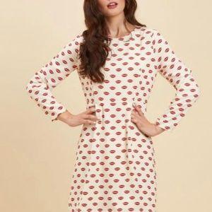 Joanie red lip print dress - US 8